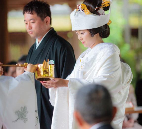 神社仏閣での挙式の様子