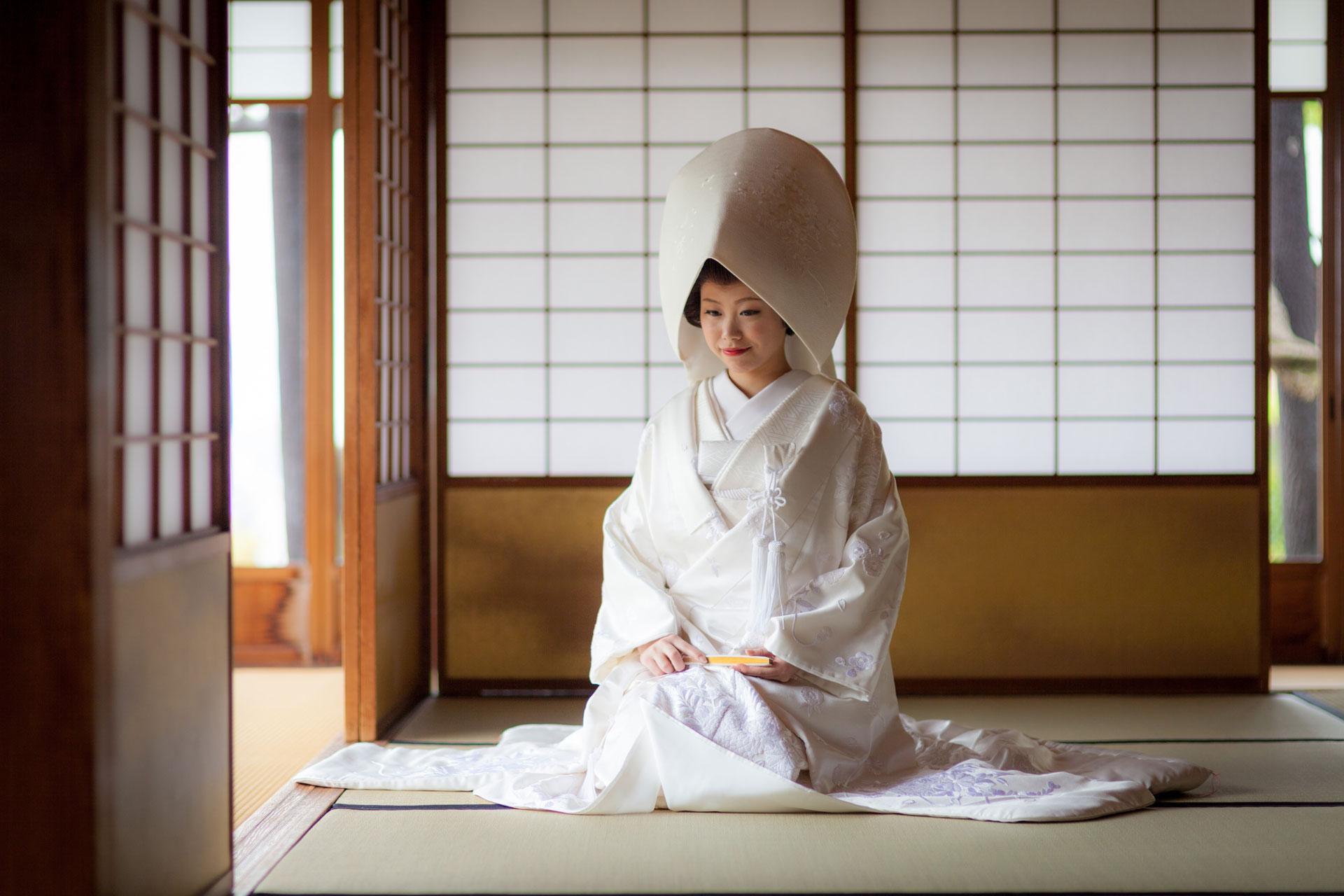 白無垢と綿帽子の花嫁